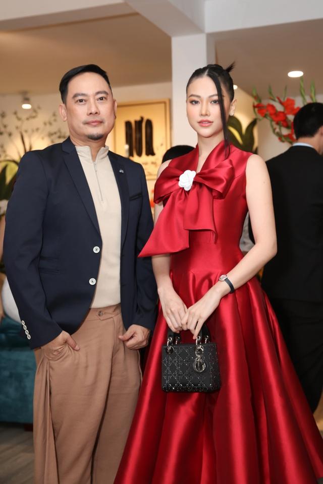 Dàn sao Việt đến chúc mừng Võ Việt Chung nhận Huân chương Lao động - 3