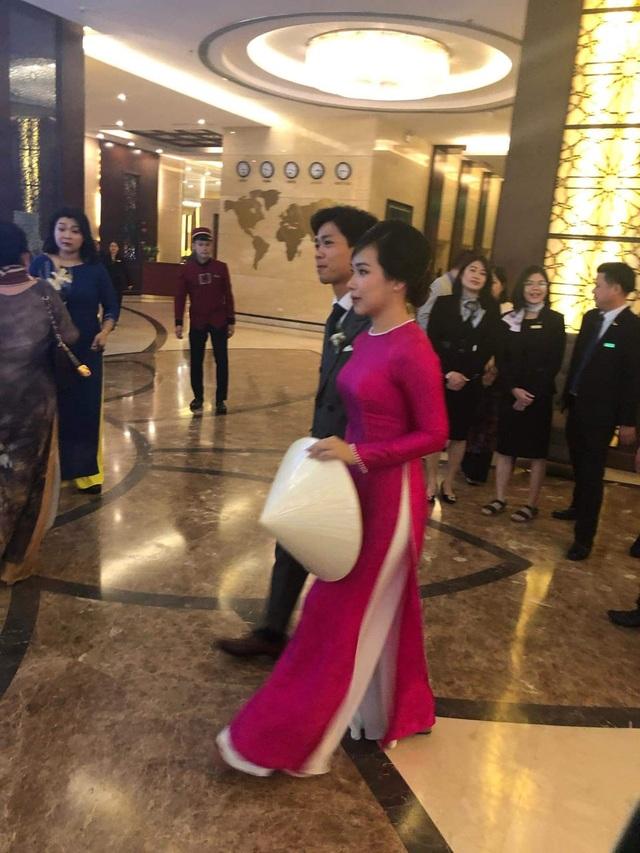 Cô dâu Viên Minh mặc giản dị ra mắt nhà Công Phượng - 4