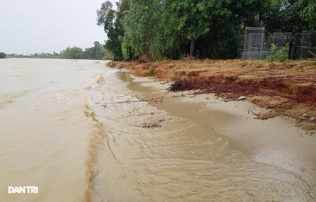 Văn bản lạ gây phẫn nộ tại TP Nha Trang: Biển nước làm lộ sự quan liêu! - 5