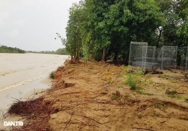 Văn bản lạ gây phẫn nộ tại TP Nha Trang: Biển nước làm lộ sự quan liêu! - 4