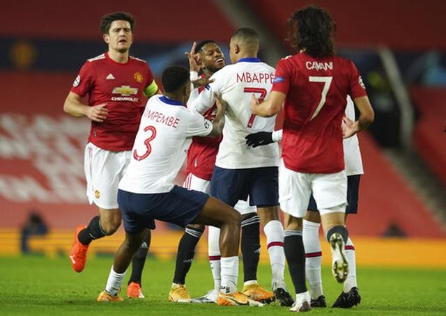 Man Utd thất bại đắng ngắt trên sân nhà trước PSG - 8