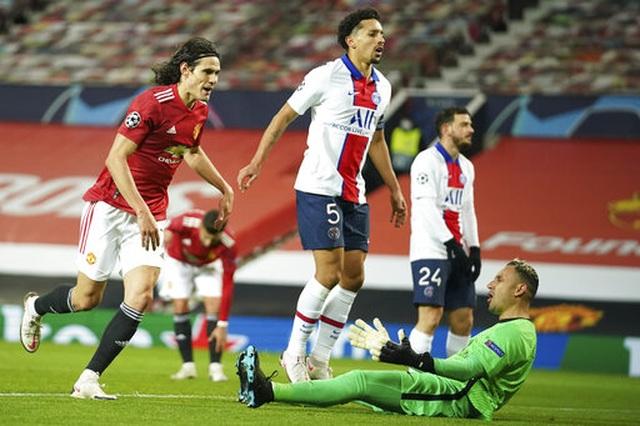 Man Utd thất bại đắng ngắt trên sân nhà trước PSG - 11