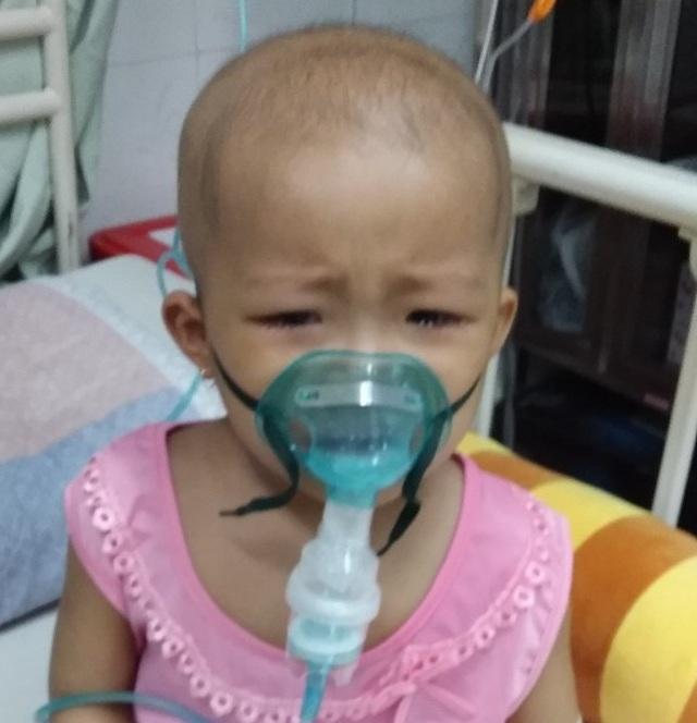 Người mẹ nghèo đôi dòng nước mắt nghẹn ngào cầu xin sự sống cho con - 4