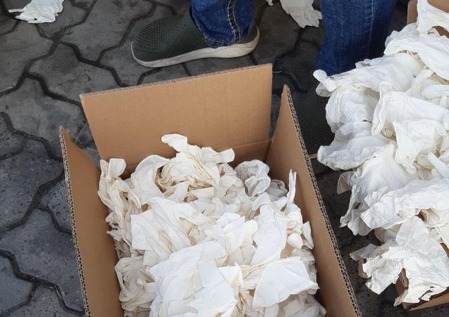 TP.HCM: Bắt 2 container găng tay cũ, bẩn từ Trung Quốc nhập vào Việt Nam - 6
