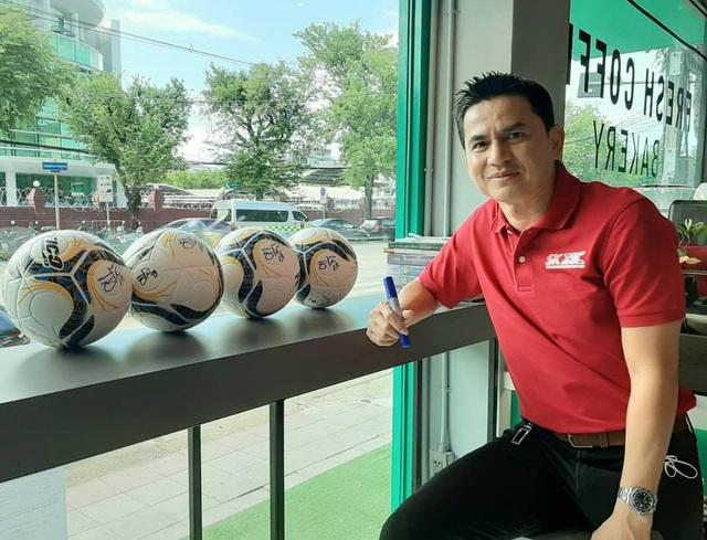 V-League khiến làng túc cầu khu vực ngước nhìn với Kiatisuk và Lee Nguyễn - 1
