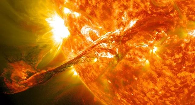 Nhà khoa học Nga nhận định về khả năng xảy ra vụ nổ Mặt trời - 1