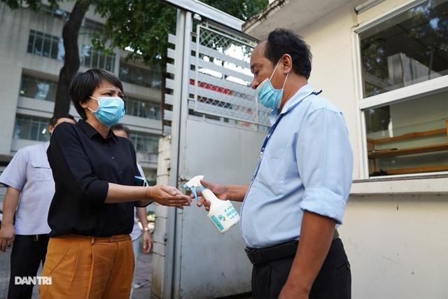 Sở Du lịch TPHCM siết chặt tiêu chí chống dịch sau khi có ca nhiễm Covid-19 - 1
