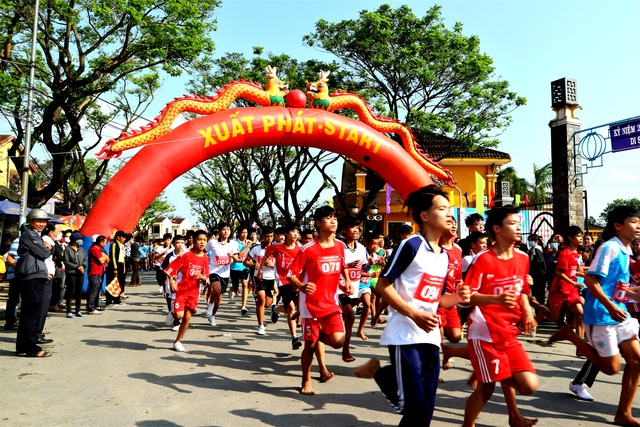 Hơn 700 người dân cùng du khách chạy Vì Di sản Văn hóa Hội An - 2