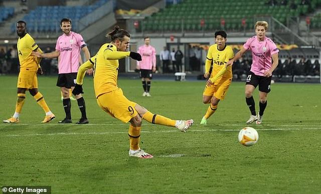 Bale lập công giúp Tottenham đi tiếp, Filip Nguyễn tỏa sáng ở Europa League - 1