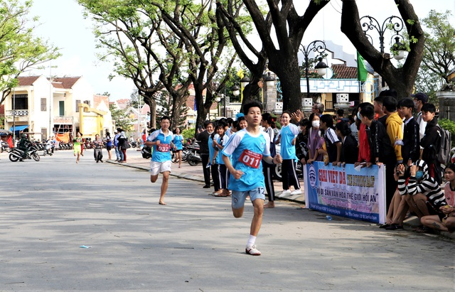 Hơn 700 người dân cùng du khách chạy Vì Di sản Văn hóa Hội An - 7
