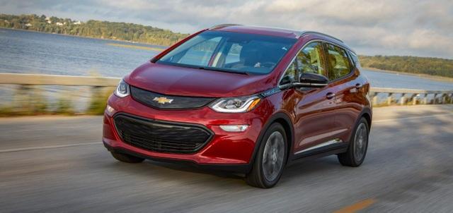 Hãng GM bị kiện vì pin xe điện Chevrolet Bolt cháy nổ gây nguy hiểm - 1