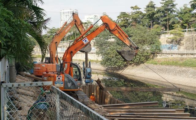 Cận cảnh công trình tách nước thải khỏi sông Tô Lịch - 1