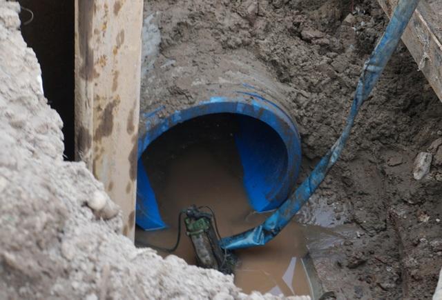 Cận cảnh công trình tách nước thải khỏi sông Tô Lịch - 9