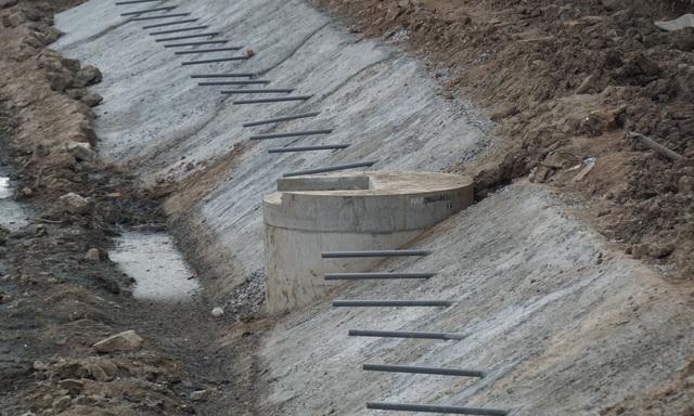 Cận cảnh công trình tách nước thải khỏi sông Tô Lịch - 14