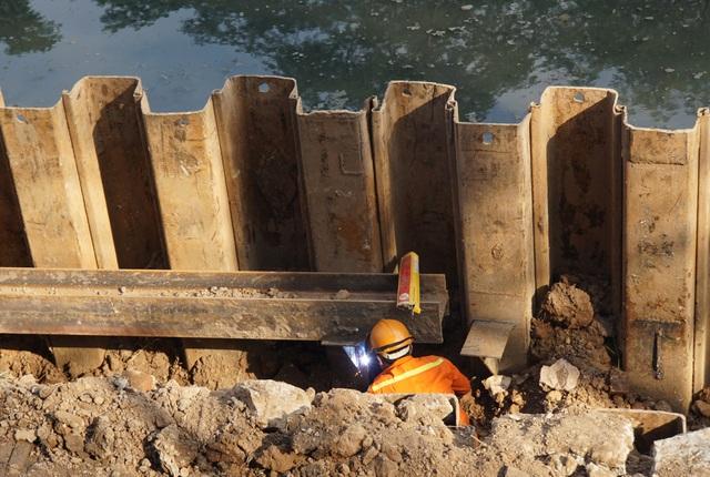 Cận cảnh công trình tách nước thải khỏi sông Tô Lịch - 7