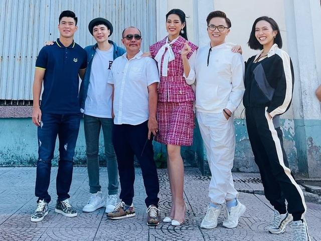 Vợ chồng Hoa hậu Đặng Thu Thảo khoe ảnh con trai cưng - 12