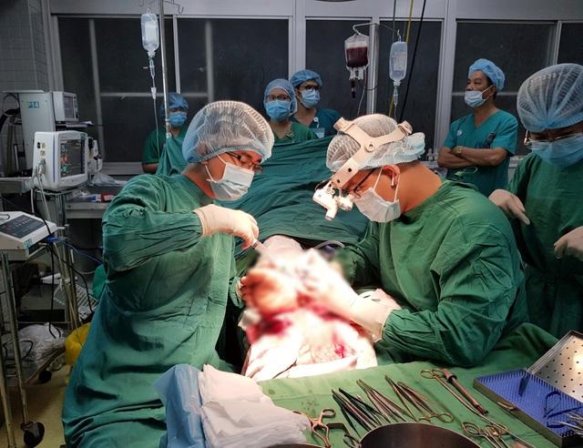 Người đàn ông bị đứt lìa cổ chân vì tai nạn thường gặp - 2