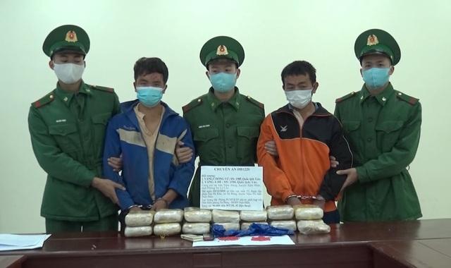 Bắt 2 người Lào vận chuyển 90.000 viên ma túy tổng hợp vào Việt Nam - 1