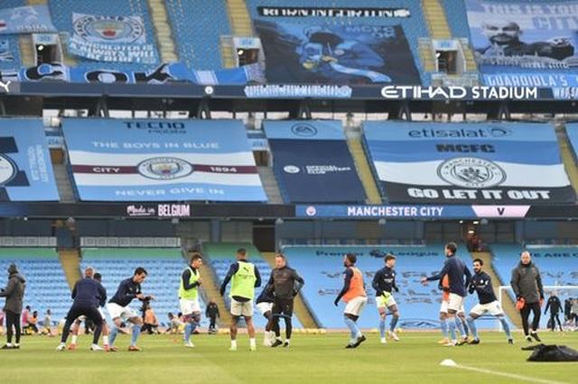 Man City 2-0 Fulham: Sterling - De Bruyne, kẻ tung người hứng - 12