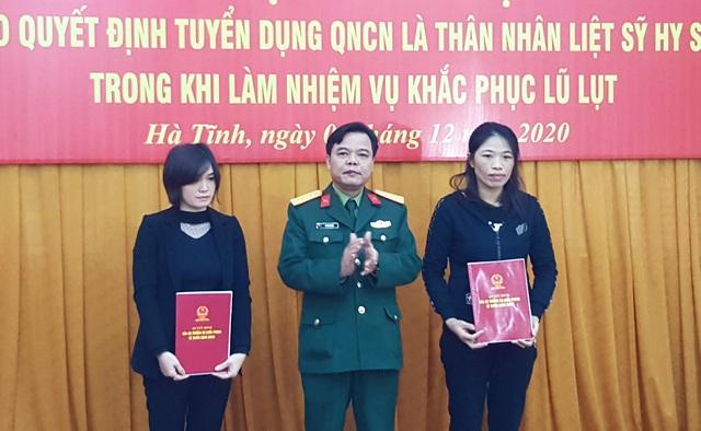 Tuyển dụng quân nhân chuyên nghiệp đối với vợ các liệt sĩ - 1