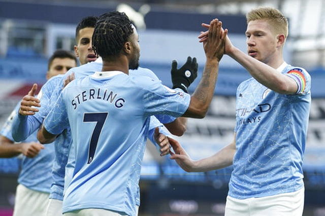Man City 2-0 Fulham: Sterling - De Bruyne, kẻ tung người hứng - 9