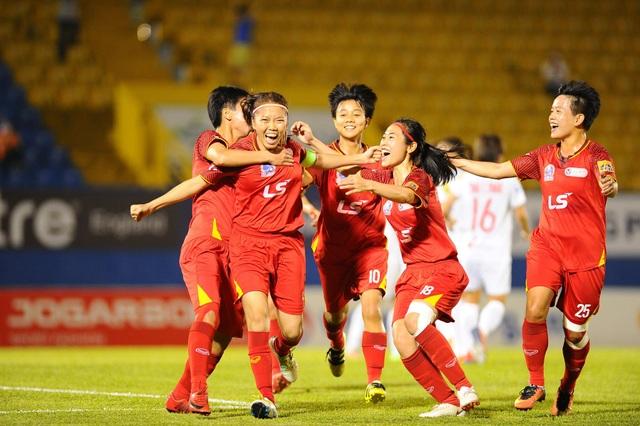 Thắng đội nữ Hà Nội, nữ TPHCM chạm tay vào ngôi hậu giải vô địch quốc gia - 2