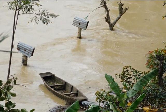 Vụ hàng chục tỷ đồng của dân bị lũ cuốn: Thủy điện xả lũ đúng quy trình  - 1