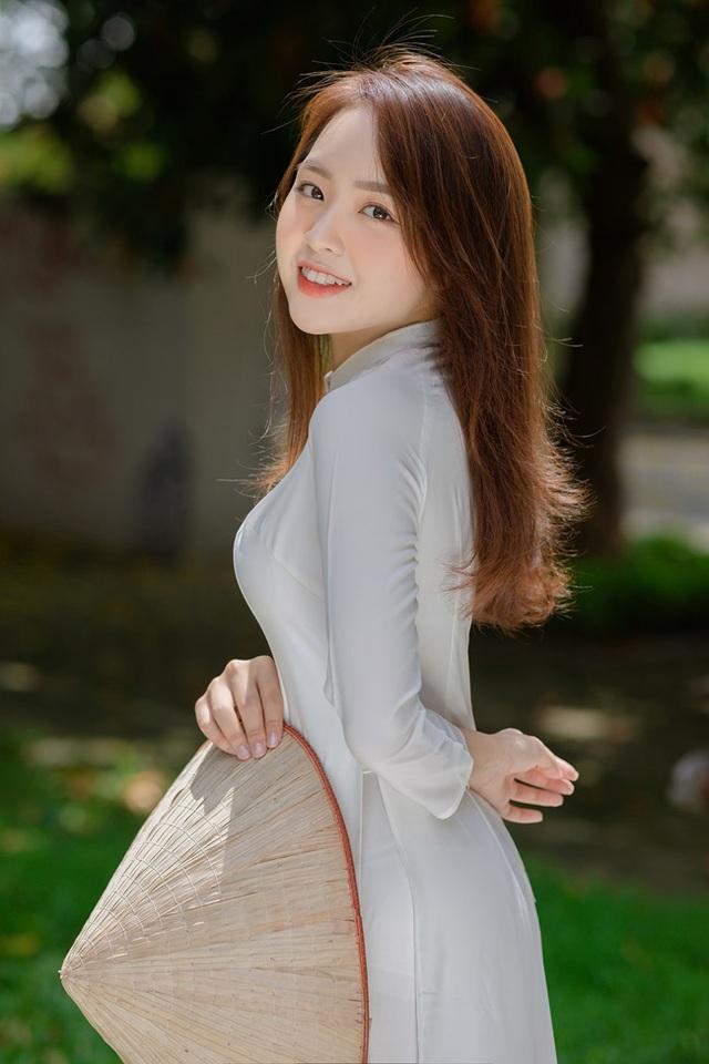 Hot girl Hà thành mặt xinh dáng chuẩn từng được báo Trung ca ngợi hết lời - 10