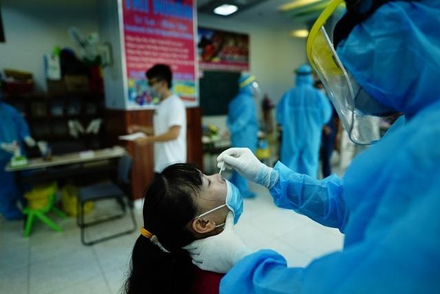 Dịch Covid-19 tại TP.Hồ Chí Minh: Sự nguy hiểm của nguồn lây vô hình - 1
