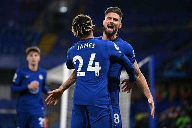 Bóp nghẹt Leeds, Chelsea vươn lên ngôi đầu bảng - 1