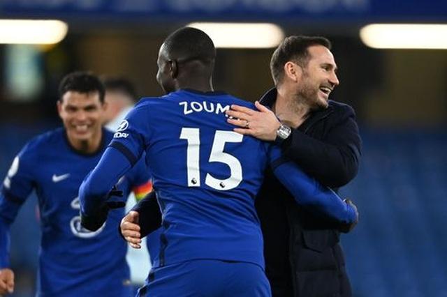 Bóp nghẹt Leeds, Chelsea vươn lên ngôi đầu bảng - 2