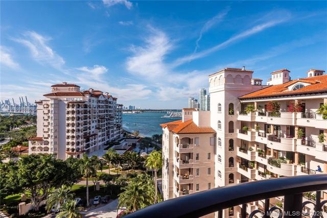 Căn penthouse xa hoa ngắm trọn view biển giá 20 triệu USD của tỷ phú Canada - 1