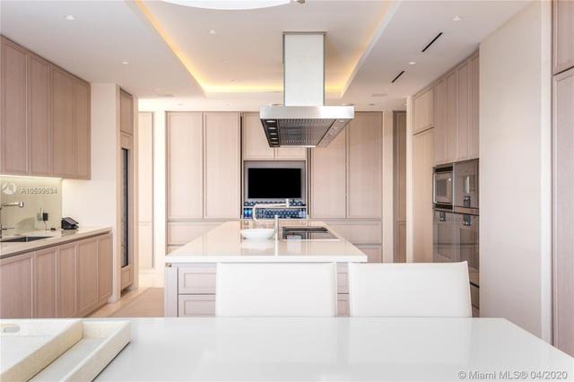 Căn penthouse xa hoa ngắm trọn view biển giá 20 triệu USD của tỷ phú Canada - 8