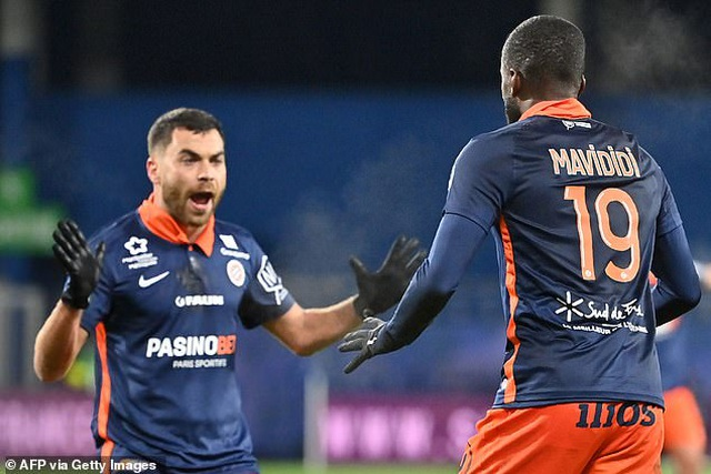 Mbappe lấy lại cảm giác ghi bàn giúp PSG thắng đậm - 2