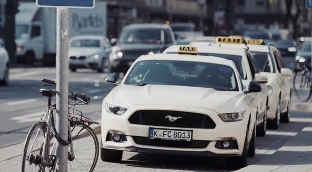 Những chiếc xe taxi sang chảnh nhất thế giới - 7