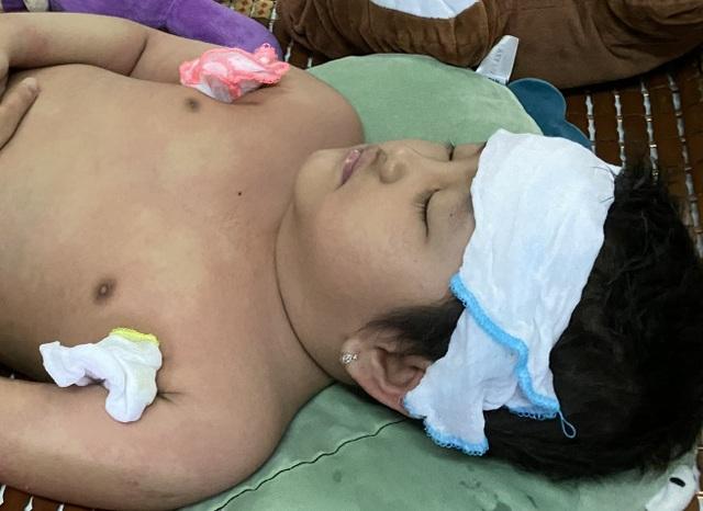 Xót thương bé gái 6 tuổi lần thứ 2 đối mặt tử thần vì bệnh hiểm - 1