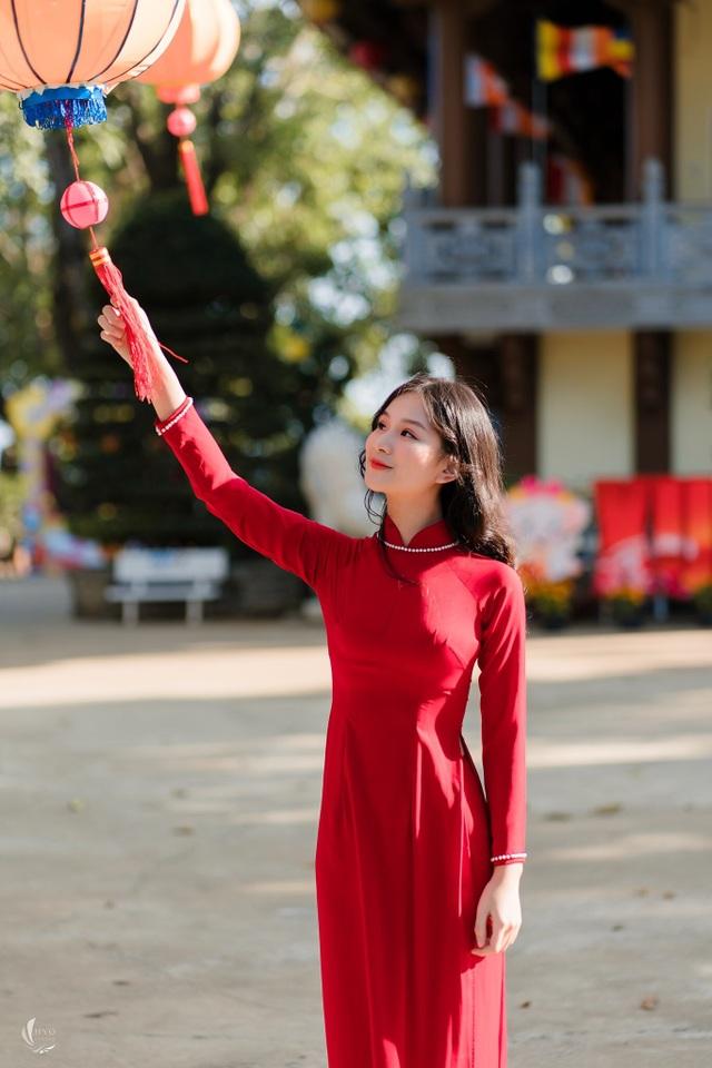 Nữ sinh Đắk Nông 18 tuổi cao 1m70 muốn trở thành tiếp viên hàng không - 2