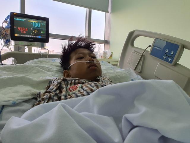 Tình cảnh nguy kịch của cậu bé 13 tuổi, tính mạng đếm ngược từng ngày - 6