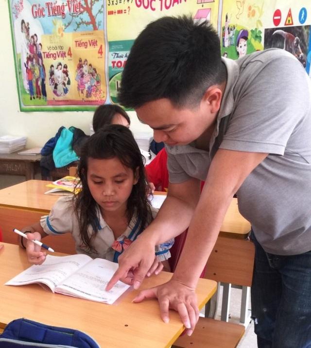 Xót thương hàng trăm học sinh mồ côi sống lay lắt ở miền Tây xứ Nghệ - 2