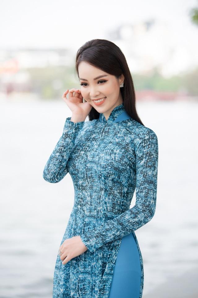 Á hậu Thụy Vân: Nhiều người hỏi tôi về nhan sắc Hoa hậu Đỗ Thị Hà - 4