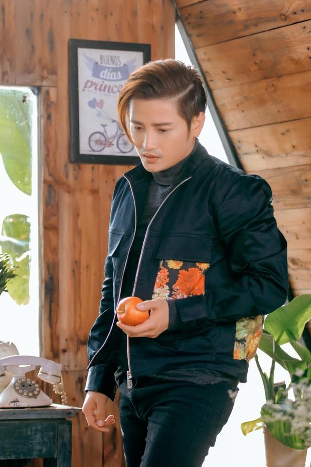 Chuyện tình yêu đẫm nước mắt trong MV Đỗ Minh Quân - 4