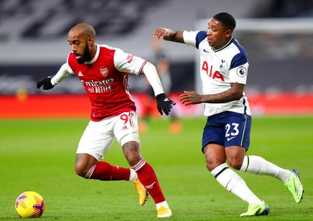 Tottenham 2-0 Arsenal: Son Heung Min tạo siêu phẩm - 10