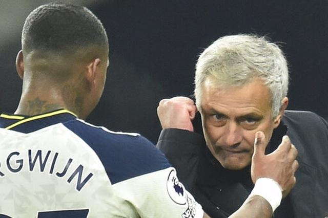 Son Heung Min, Kane kết hợp ăn ý, Tottenham vùi dập Arsenal - 21