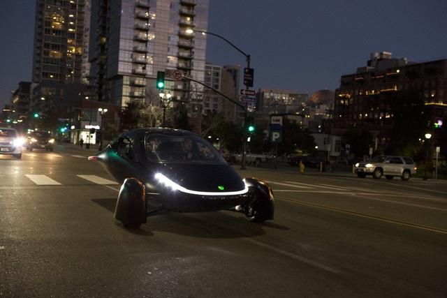 Xuất hiện xe chạy điện đầu tiên trên thế giới không cần sạc - 4