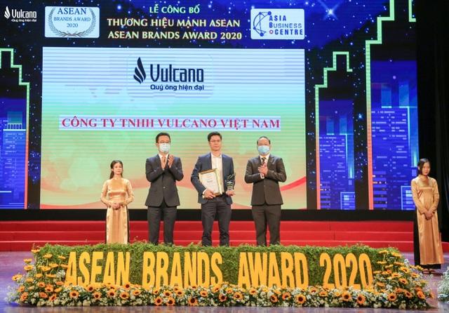Thời trang Vulcano được vinh danh Top 50 thương hiệu mạnh Asean 2020 - 1