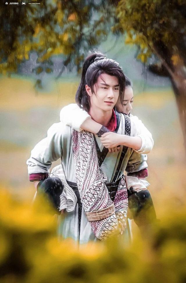 Triệu Lệ Dĩnh lọt top những nữ diễn viên hot nhất Trung Quốc năm 2020 - 3