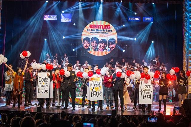 Fan hâm mộ Beatles cuồng nhiệt trong đêm The Beatles Symphony - 12