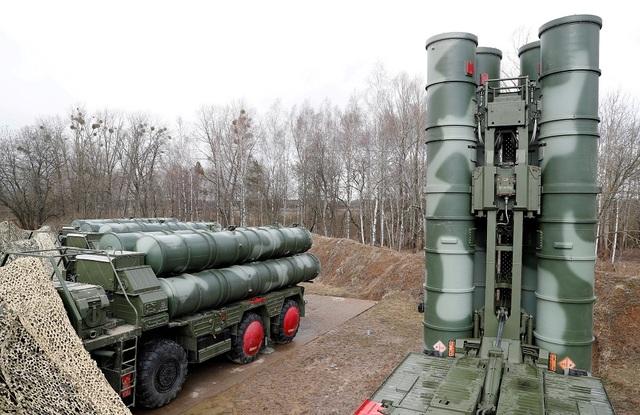 Nga điều thêm khí tài quân sự đến sát vách NATO - 1
