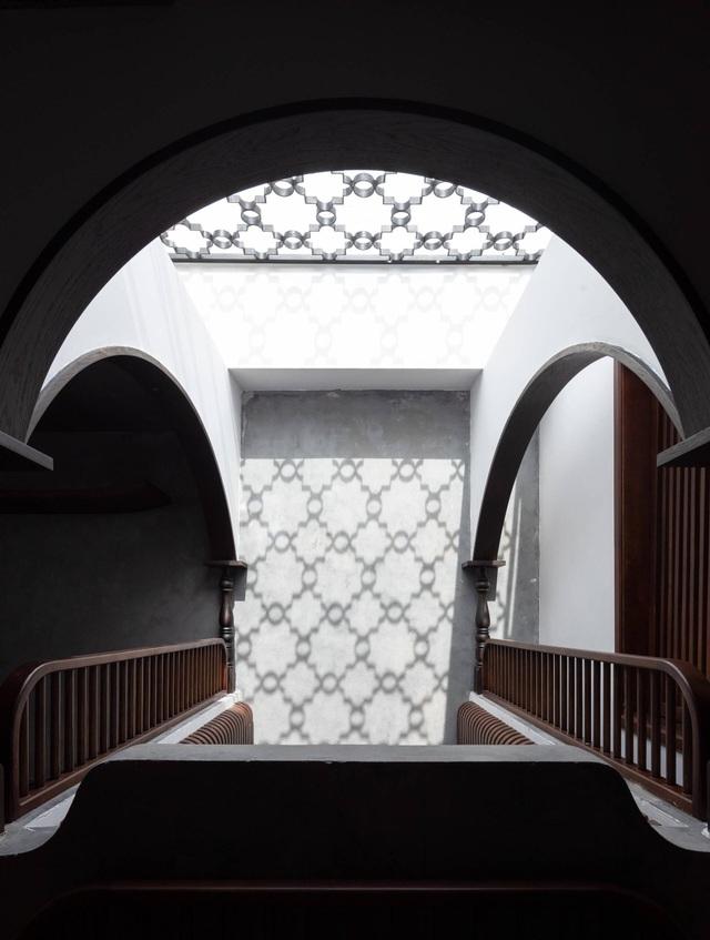 Không gian hoài cổ trong căn hộ xa hoa của nữ gia chủ ở Hải Phòng - 11