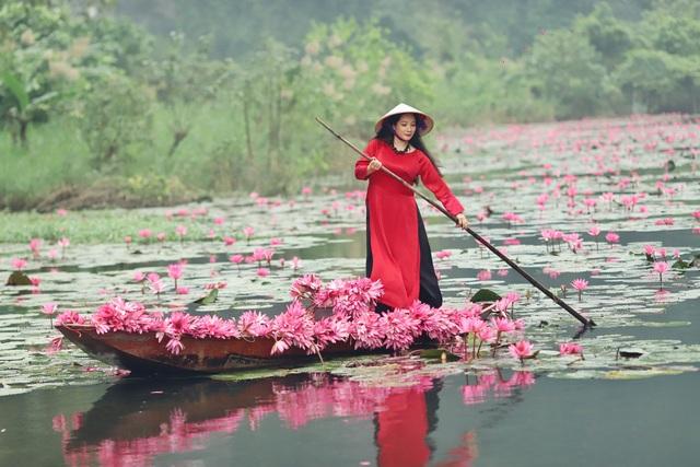 Thanh Thanh Hiền bình thản sau sóng gió, đọ dáng cùng Trà My, Thảo Vân - 1